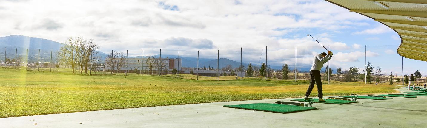 Golfrange-breit